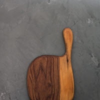 Hand-Carved Large Serving & Cutting Board (Walnut Wood)
