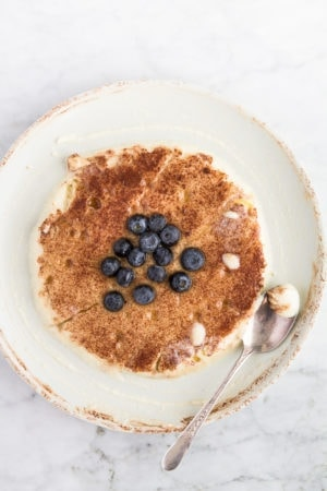cream of semolina with cinnamon, cacao and fresh blueberries